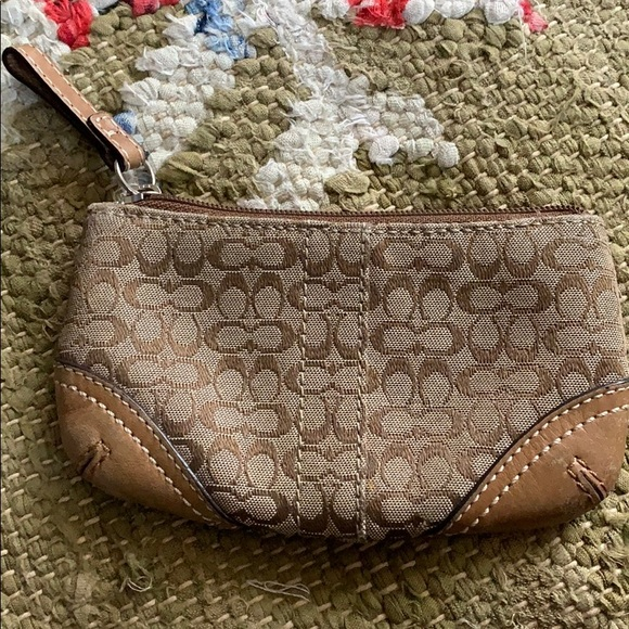 Coach Handbags - Coach Coin Pouch
